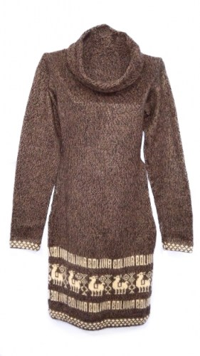 Alpaca-wool-dress-with-Andean-decorations-030