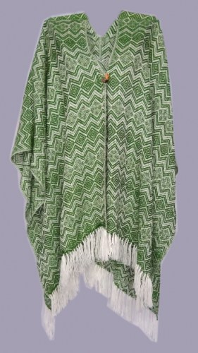 Long-alpaca-wool-poncho-with-square-decorations-088