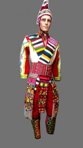 full-suit-of-white-and-red-colored-tinku-dance-518