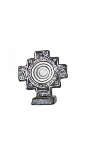 stone- carving-lime-Andean-cross-2995